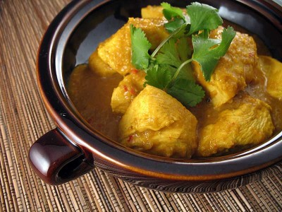 Chicken with Golden Coconut Lemongrass